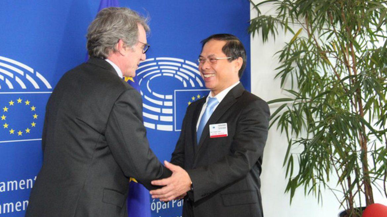 Nghị viện châu Âu thông qua Hiệp định thương mại tự do với Việt Nam – EVFTA